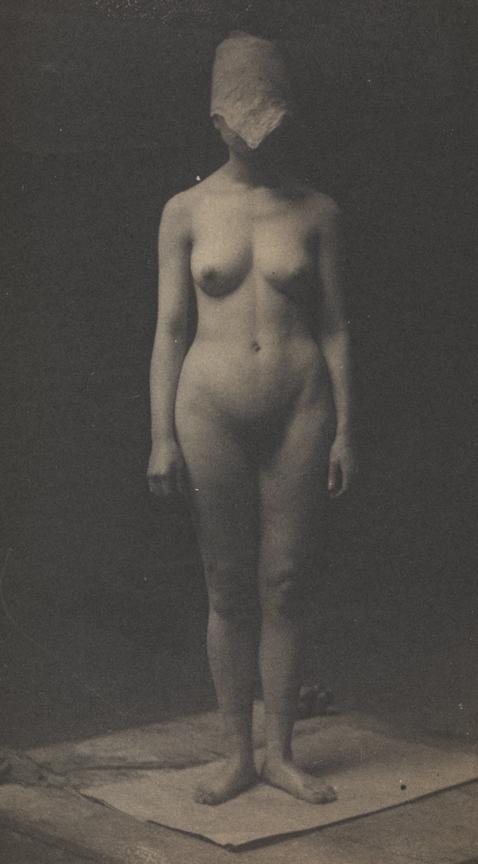 Kely Nude