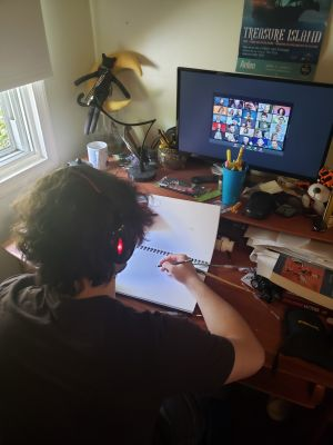 Teen making art over zoom