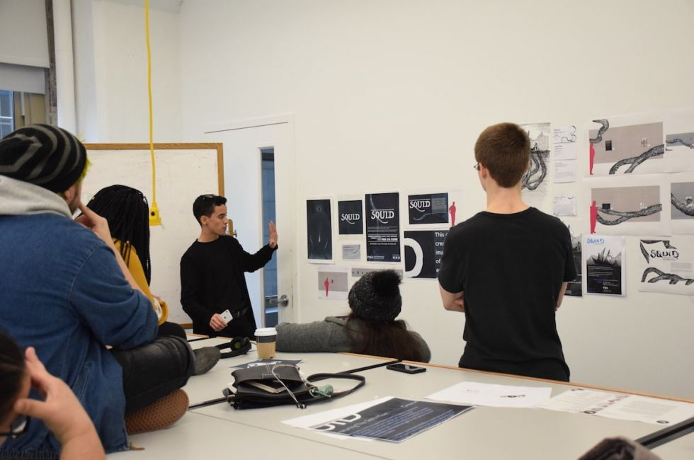 Esai Figueroa Ruiz, winner of the design competition, presents his proposal to his classmates.